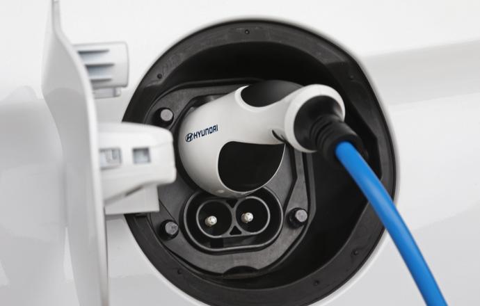 Hyundai IONIQ Electric lifestyle
