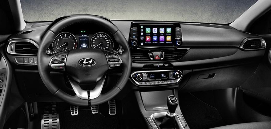 Hyundai i30, Fastback dashboard