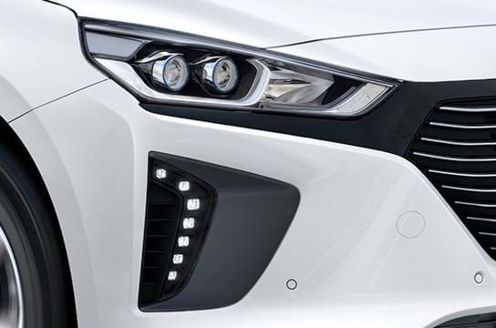 Detail koplampen Ioniq Plug-In Hybrid