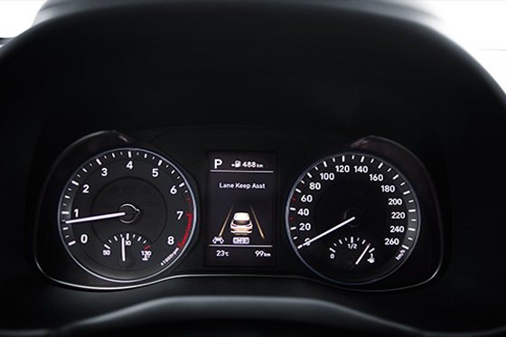 Hyundai KONA - digitale info