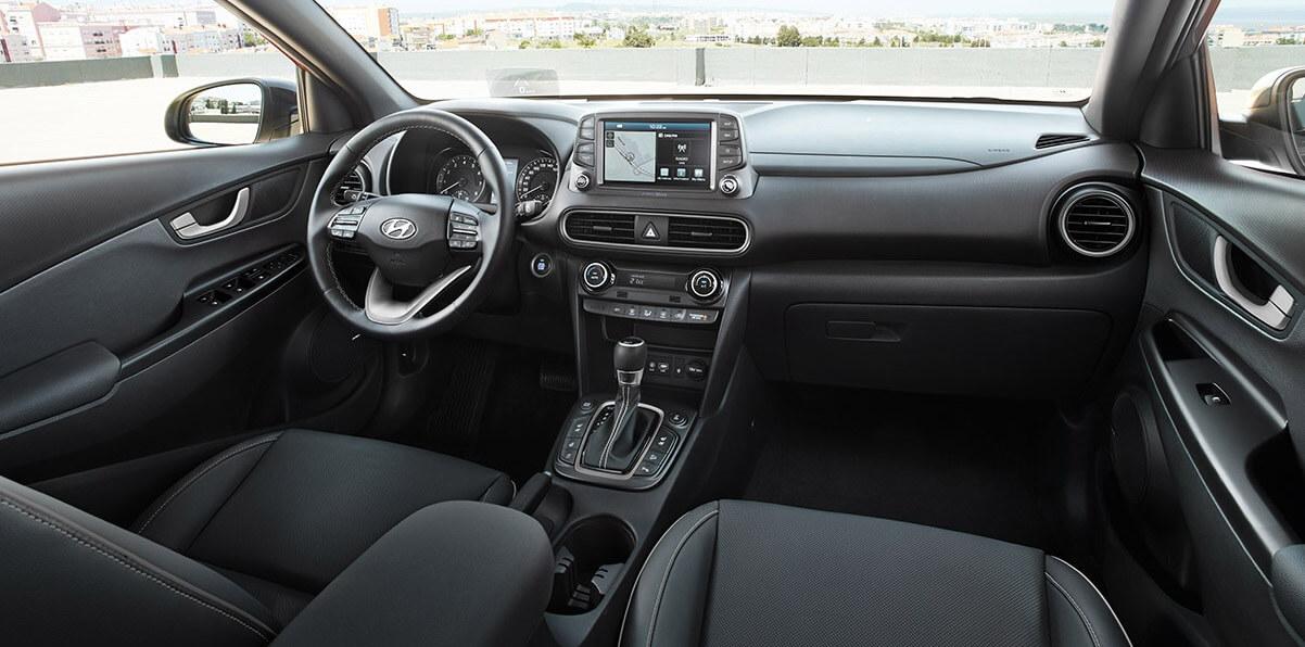 Hyundai KONA - interieur met grijze accenten - standaard uitvoering