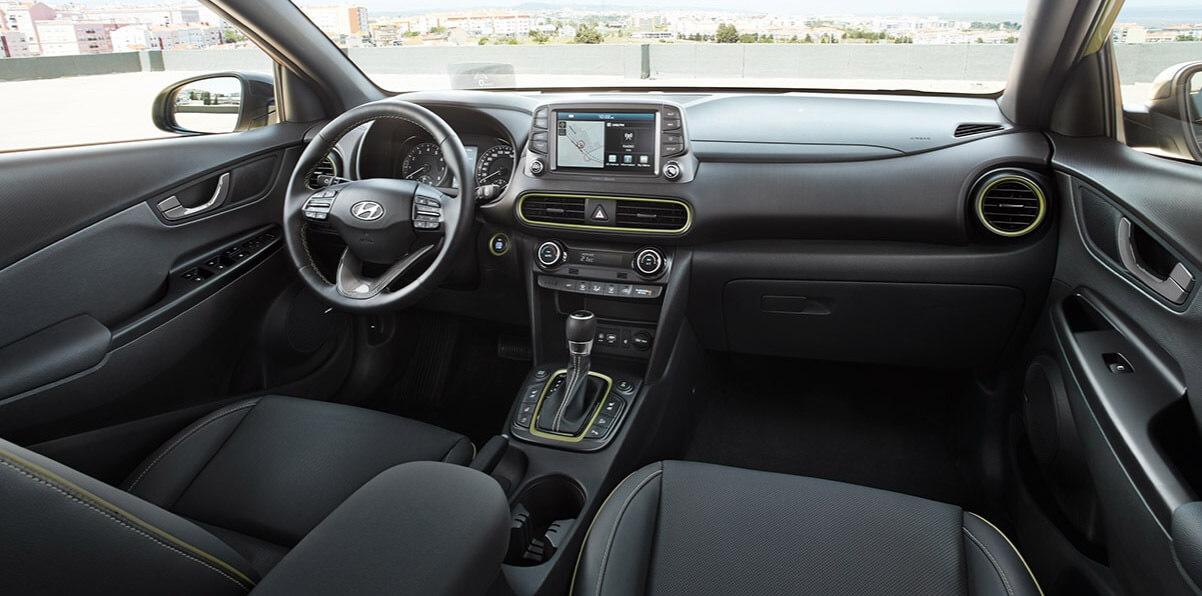 Hyundai KONA - interieur met lime accenten